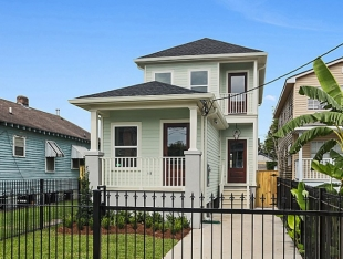 Mid City Single Family Residence