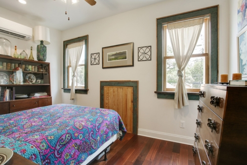 Guest bedroom in St. Roch cottage renovation and addition
